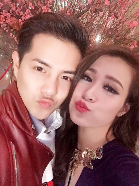 Hoai Linh xuat hanh, Tran Thanh tat bat mung 1 Tet - Anh 11