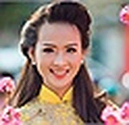 Hoai Linh xuat hanh, Tran Thanh tat bat mung 1 Tet - Anh 17