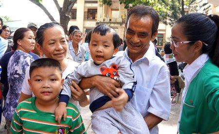 "Cai Tet hoa nhap dau tien cua ""nguoi tu the ky"" Huynh Van Nen - Anh 1"