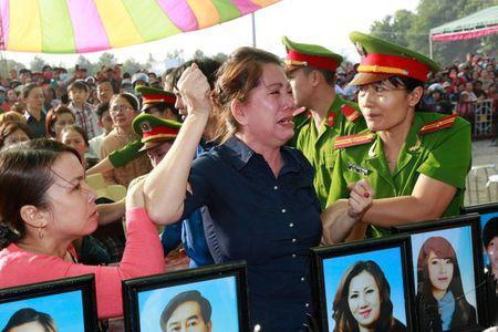 Vu tham sat o Binh Phuoc: An tu chua phai la het! - Anh 6