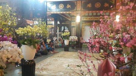 Dem giao thua nguoi nguoi di chua le Phat o Sai Gon - Anh 5
