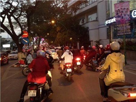 Duong Thanh Nien tac nghen chieu mong mot Tet - Anh 8