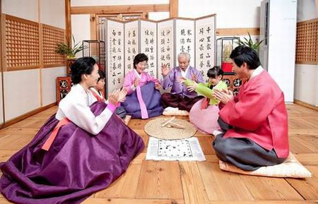 "Nguoi Han Quoc an Tet co truyen ngay cang… ""Tay"" hon - Anh 3"