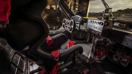 Renault RS 01 - Co tien cung khong mua duoc! - Anh 2
