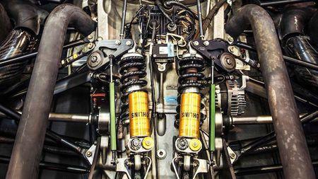 Renault RS 01 - Co tien cung khong mua duoc! - Anh 7