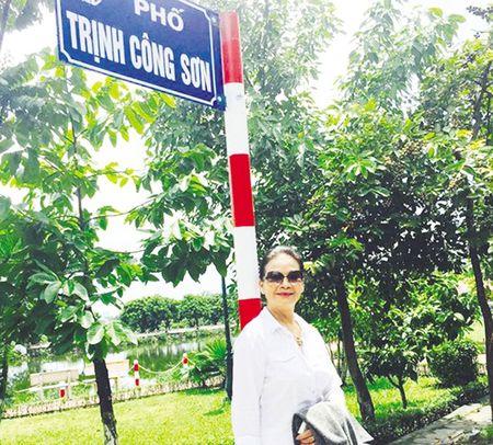 Ca si Khanh Ly: 'Chong toi la mua Xuan cua toi' - Anh 3