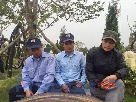 Tet cua nhung nguoi chuyen… boc mo, cai tang - Anh 1