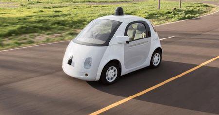 Google muon xe tu hanh cua minh co the sac khong day - Anh 1