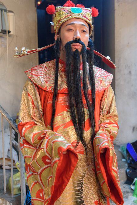 Rap phim hut khach, san khau con thua thot ngay 1 Tet - Anh 10