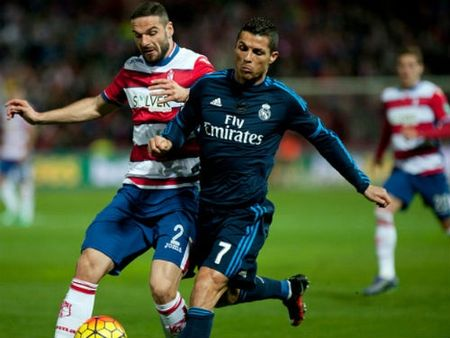 Vong 23 La Liga: Barca, Real va mo hoi truoc hai doi cuoi bang - Anh 1
