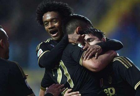 Vong 24 Serie A: Juventus lai thang, Milan va Inter cung gay that vong - Anh 2