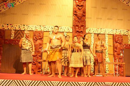 Hap dan va thu vi van hoa Polynesia - Anh 15