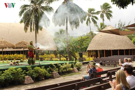 Hap dan va thu vi van hoa Polynesia - Anh 1