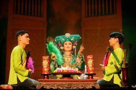 Dao dien Viet Tu trinh lang chuong trinh Tu Phu - Anh 4