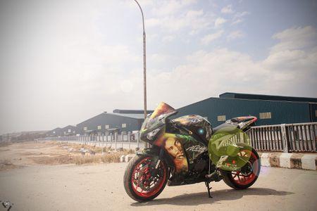Honda CBR 1000RR phong cach Rock and Roll cua biker Sai Gon - Anh 4
