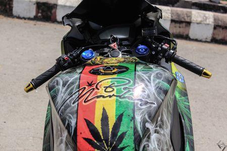 Honda CBR 1000RR phong cach Rock and Roll cua biker Sai Gon - Anh 6