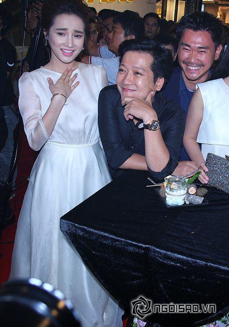 Truong Giang khom nguoi chinh vay cho Nha Phuong tren tham do - Anh 11