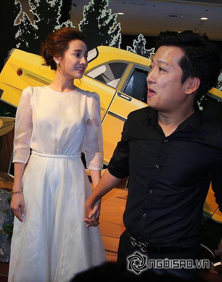 Truong Giang khom nguoi chinh vay cho Nha Phuong tren tham do - Anh 2