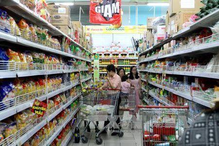 Tong muc ban le hang hoa va dich vu o TPHCM tang 11% - Anh 1