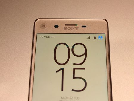 Can canh smartphone dep nhat tu truoc den nay cua Sony - Anh 13