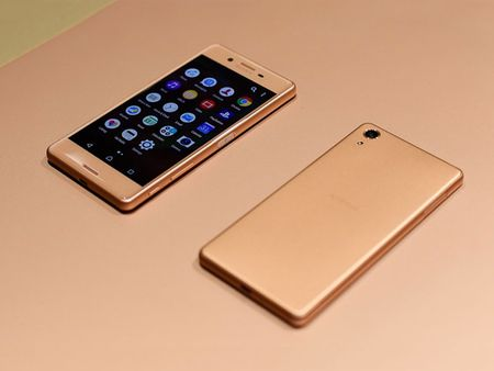 Can canh smartphone dep nhat tu truoc den nay cua Sony - Anh 5