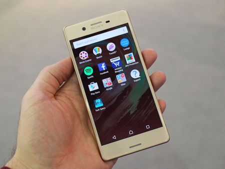 Can canh smartphone dep nhat tu truoc den nay cua Sony - Anh 8