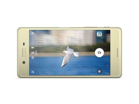 Can canh smartphone dep nhat tu truoc den nay cua Sony - Anh 9