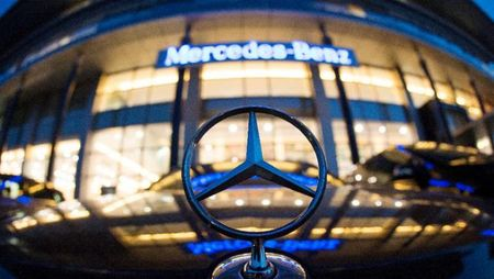 "Hang xe Mercedes bi ""so gay"" do nghi ngo gian lan khi thai - Anh 1"