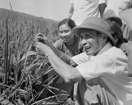 Thu tuong Pham Van Dong va dau an cua mot nhan cach lon - Anh 1
