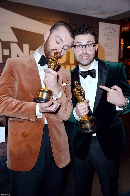 """Choang ngop voi """"dem tiec ngan sao"""" sau le trao giai Oscar - Anh 38"""
