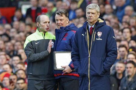 Thieu khat vong, Arsenal lai doi dien mua giai hoang phi - Anh 3