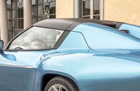 Can canh Alfa Romeo Disco Volante Spider ban gioi han - Anh 3