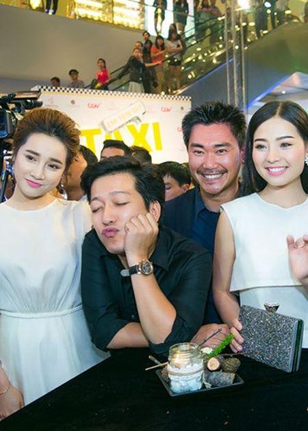 Truong Giang - Nha Phuong quan quyt khong roi tai su kien - Anh 4