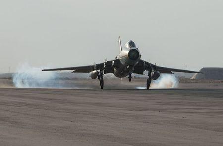 Muc kich Su-22M4 Syria dem bom huy diet lon danh IS - Anh 12