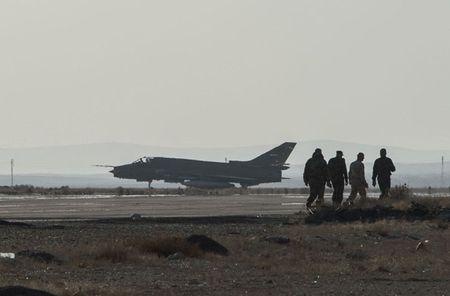 Muc kich Su-22M4 Syria dem bom huy diet lon danh IS - Anh 1