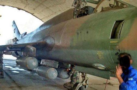 Muc kich Su-22M4 Syria dem bom huy diet lon danh IS - Anh 3