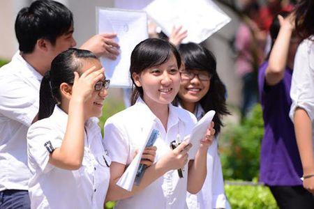 Truong Dai hoc Tan Tao: Ban hanh chinh sach tuyen thang danh cho thi sinh. - Anh 1