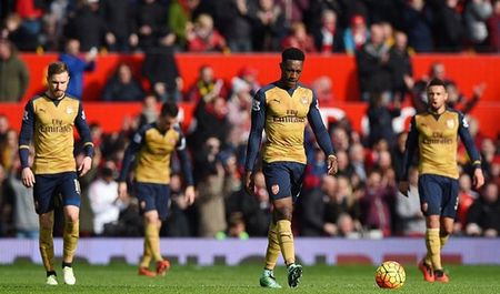 Cuu sao Arsenal keu goi sa thai HLV Wenger - Anh 1
