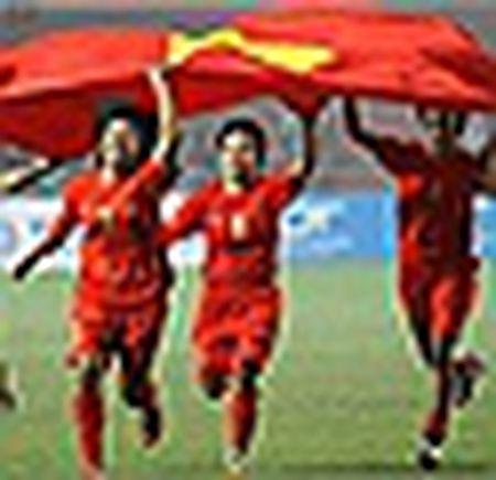 HLV Mai Duc Chung: Chung ta khong thua Trung Quoc ve tinh than - Anh 6
