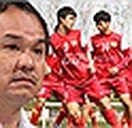 HLV Huu Thang: 'Cau thu mau lua nhung khong duoc tho bao' - Anh 4
