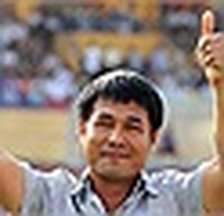 HLV Huu Thang: 'Cau thu mau lua nhung khong duoc tho bao' - Anh 5