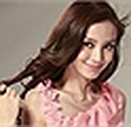 'Soai ca' Huynh Hieu Minh to chuc sinh nhat hoanh trang cho Angelababy - Anh 4