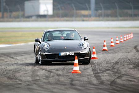 Hanh trinh di khap the gioi cua Porsche se den Viet Nam - Anh 10