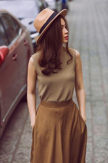 Diem Trang dien loat do dat do khoe do sanh mot - Anh 4