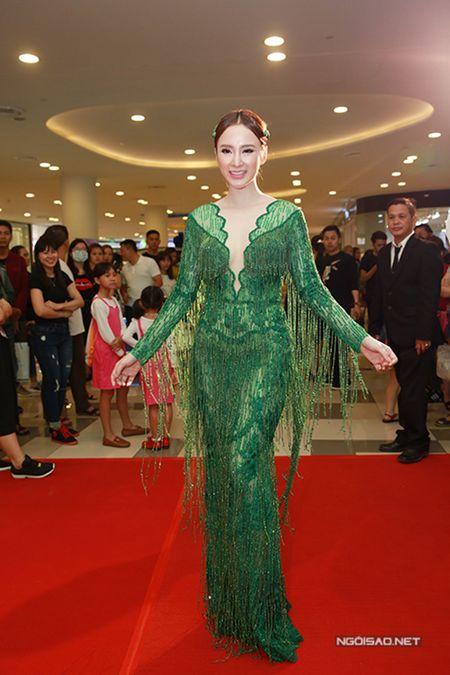 Sao style 1/3: Diem My sang chanh cay den, Yen Nhi xi tin ao mat cuoi - Anh 1