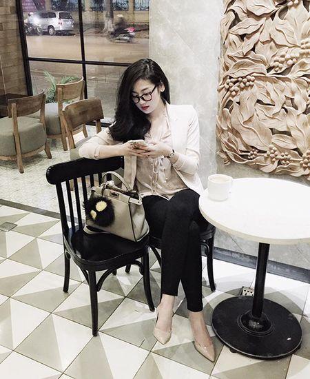 Sao style 1/3: Diem My sang chanh cay den, Yen Nhi xi tin ao mat cuoi - Anh 2