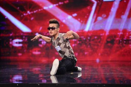 Chang trai ban banh dao lam khuynh dao Vietnam's Got Talent [VIDEO] - Anh 1