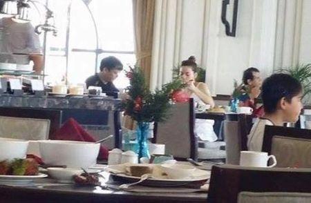 """Ha Ho va nhung hinh anh song gio cung """"dai gia kim cuong"""" - Anh 9"""