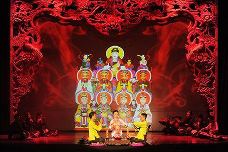 """Vo dien """"Tu Phu"""" dem nghi le Len Dong len san khau - Anh 2"""