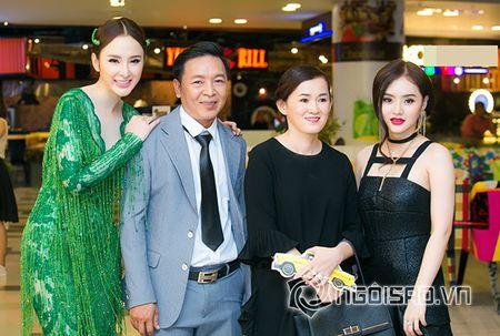 Bo me Angela Phuong Trinh 'thap tung' con gai di su kien sau khi lam lanh - Anh 10